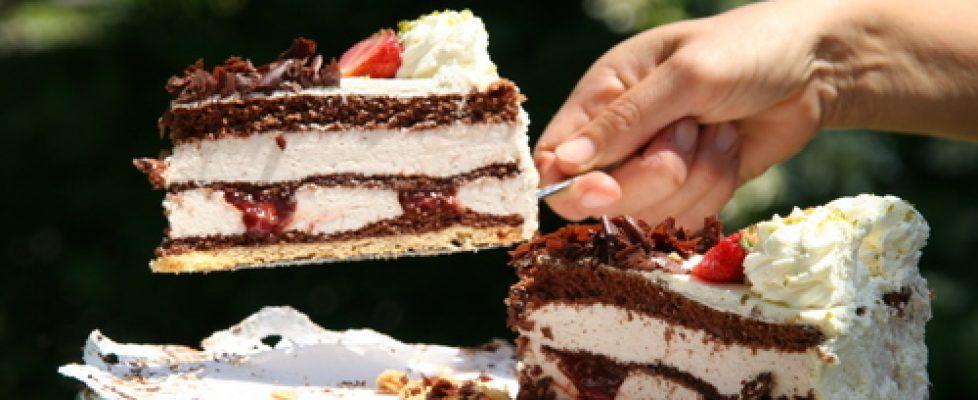 my-mom-s-best-cake-1327409.jpg